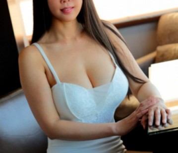 Las Vegas Escort Lina Adult Entertainer in United States, Adult Service Provider, Escort and Companion.