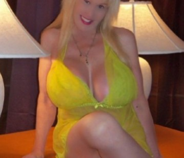 Las Vegas Escort BustyDarla Adult Entertainer, Adult Service Provider, Escort and Companion.