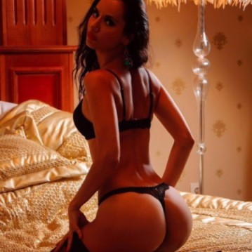Dubai Escort Milissa Adult Entertainer, Adult Service Provider, Escort and Companion.