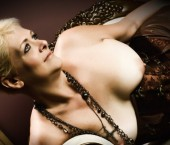 Kansas City Escort MISS  NIKKI Adult Entertainer in United States, Female Adult Service Provider, Escort and Companion.