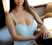 Las Vegas Escort Lina Adult Entertainer in United States, Female Adult Service Provider, Chinese Escort and Companion.