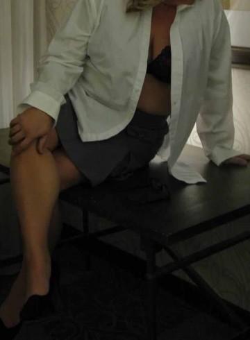 Charleston Escort OliviaSmith Adult Entertainer in United States, Female Adult Service Provider, American Escort and Companion.