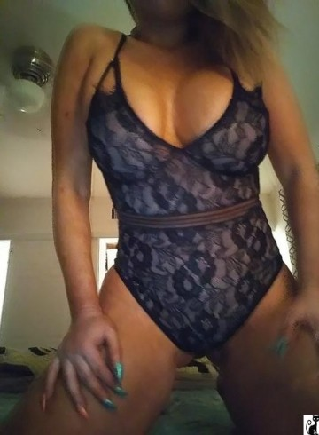 Las Vegas Escort MissTia Adult Entertainer in United States, Female Adult Service Provider, Escort and Companion.