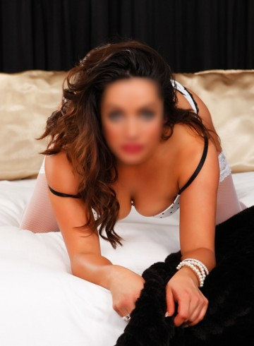 Perth Escort SilverXXX Adult Entertainer in Australia, Female Adult Service Provider, Australian Escort and Companion.